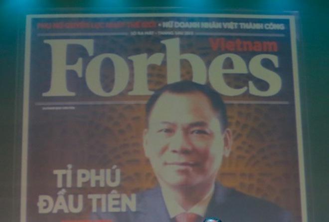 Tỉ phú Phạm Nhật Vượng lên bìa Forbes
