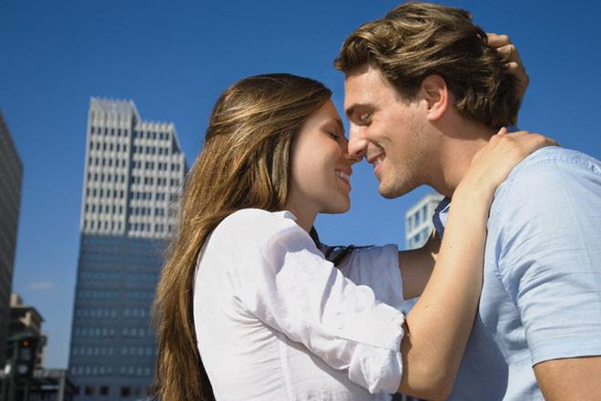 """10 điều khiến phái nữ """"mê mẩn"""" cánh mày râu"""