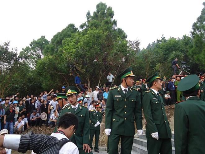 Tiểu đội đặc biệt bảo vệ khu mộ Đại tướng Võ Nguyên Giáp