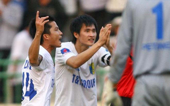 Bóng đá & mê tín: Nền bóng đá khấn vái
