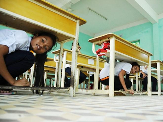 Bản tin thời sự sáng 9/1: Học sinh Bắc Trà My học cách sống chung với động đất