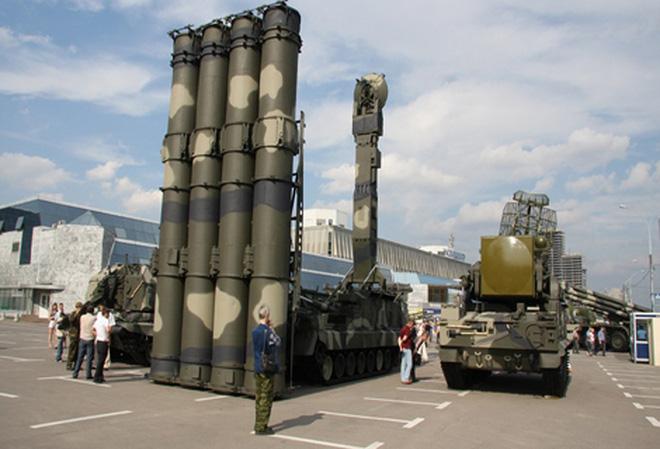 Việt Nam mua thêm hàng loạt vũ khí mới của Nga