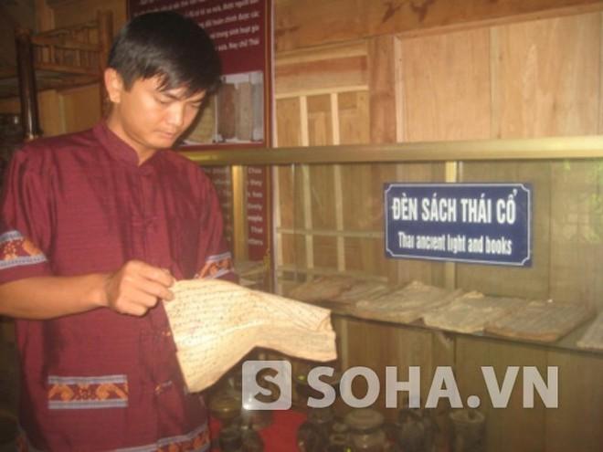 Chàng trai lưu giữ hơn 1000 cổ vật dân tộc Thái