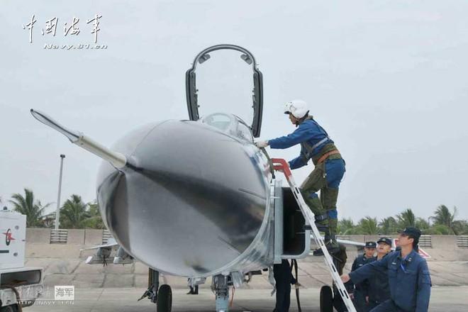 Trung Quốc khoe sức mạnh quân sự sát Việt Nam