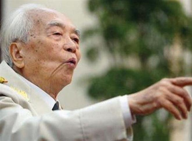 Chủ tịch Lào và gần 100 đại biểu quốc tế viếng Đại tướng