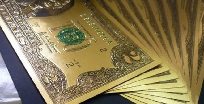 Tết 2015: Tiền lì xì USD bằng nhựa hút khách