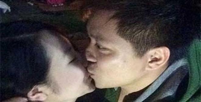 Tuấn Hưng ăn hỏi bạn gái đúng ngày 'Cá tháng tư'