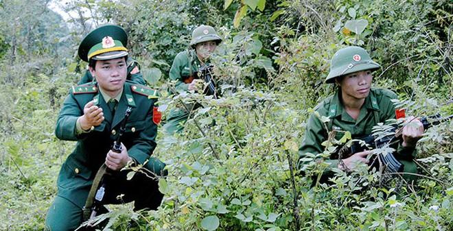 CHÙM ẢNH: Bộ đội Biên phòng Việt Nam sẵn sàng bảo vệ biên giới