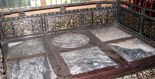 Độc đáo chiếc giường bạc tỷ của Công tử Bạc Liêu