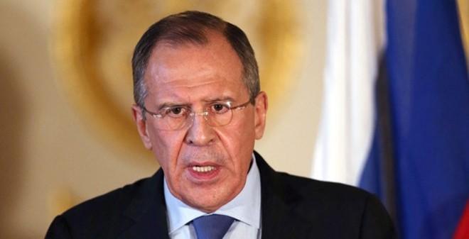 """Ngoại trưởng Nga """"tố"""" Mỹ biết vị trí của IS nhưng không tấn công"""
