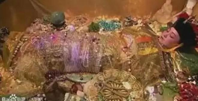 Ly kỳ xác chết không phân hủy của Từ Hy Thái hậu