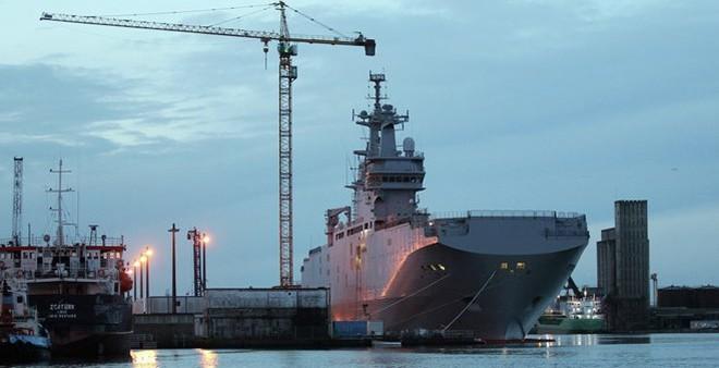 Pháp tốn 5,7 triệu USD mỗi tháng vì hoãn chuyển tàu Mistral cho Nga