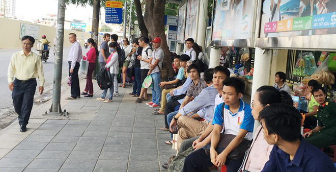 Cắt, giảm các tuyến xe buýt chống ùn tắc: Lơi bất cập hại