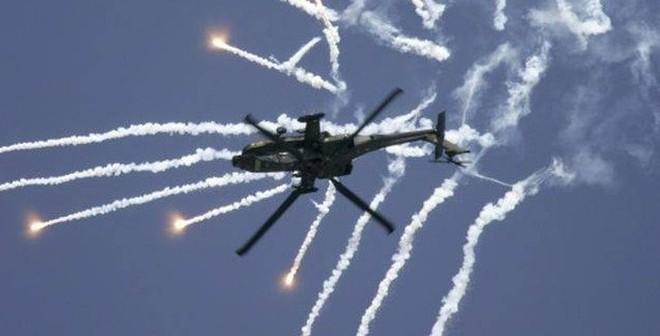"""Ấn Độ chần chừ mua trực thăng Apache, Mỹ """"dọa"""" tăng giá"""