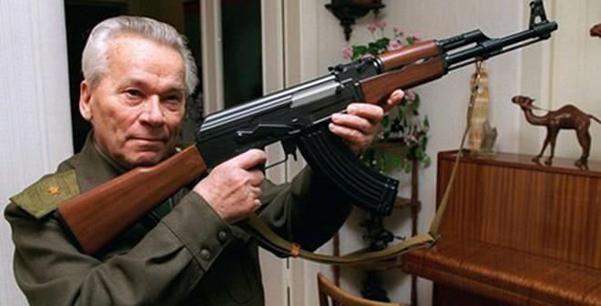 Con gái Kalashnikov sốc khi biết tin AK-47 sắp sản xuất tại Mỹ