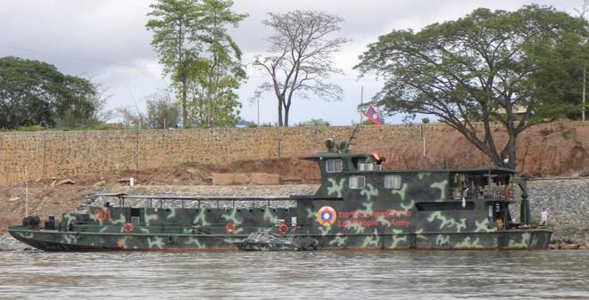 Khám phá sức mạnh Hải quân... Lào