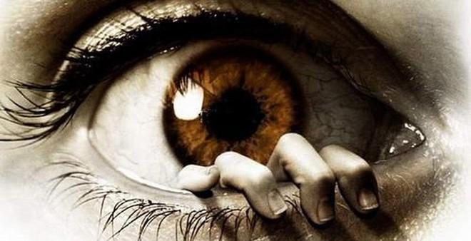 """Phát hiện mới giúp chúng ta hết """"lăn tăn"""" về đôi mắt của mình"""