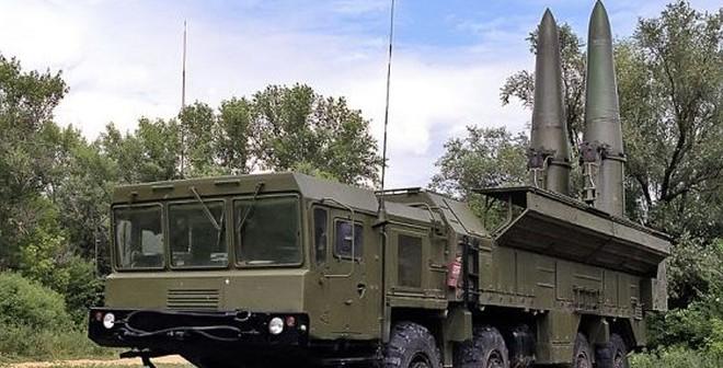 """Lục quân Nga nhận thêm """"sát thủ lá chắn tên lửa"""" Iskander"""
