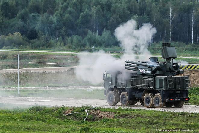 ẢNH+VIDEO: Khí tài quân sự Nga trình diễn tại Army-2016 - Ảnh 4.