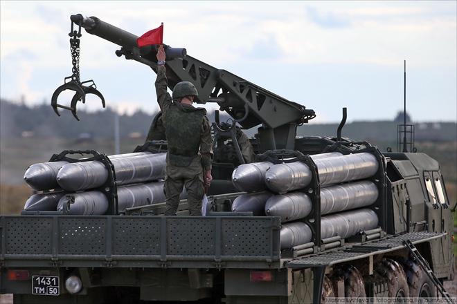 ẢNH+VIDEO: Khí tài quân sự Nga trình diễn tại Army-2016 - Ảnh 3.