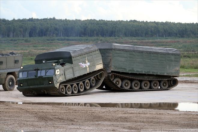 ẢNH+VIDEO: Khí tài quân sự Nga trình diễn tại Army-2016 - Ảnh 15.