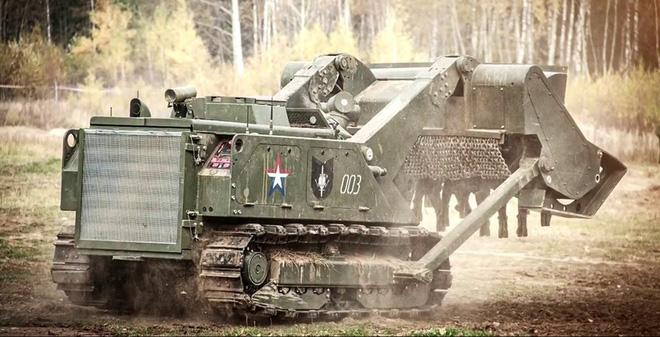 """Điểm danh các loại khí tài """"khủng"""" của Công binh Nga"""