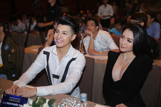 Thiều Bảo Trang mặc hở bạo đến chung vui cùng Noo Phước Thịnh - Ảnh 6.