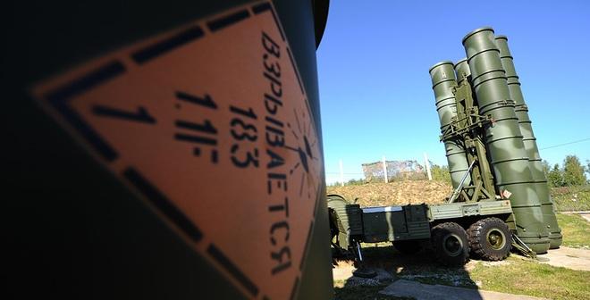 Nga - Ấn chính thức ký hợp đồng cung cấp tên lửa S-400, khinh hạm