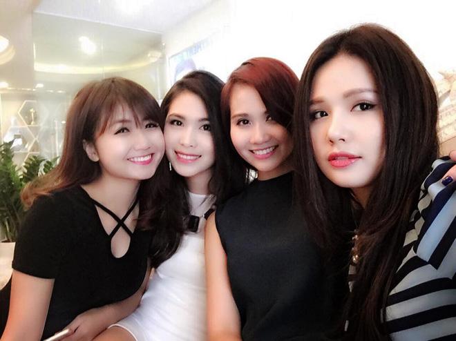 Thân thế bất ngờ của người đứng sau hot girl Quỳnh Kool, Hoàng Thùy Linh - Ảnh 6.