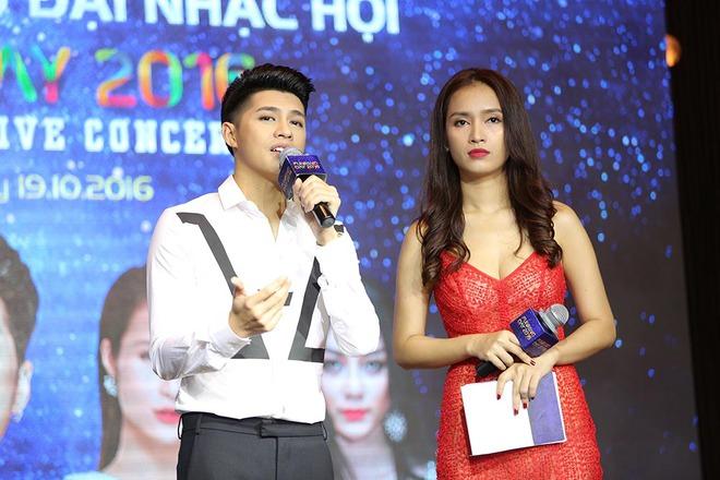 Thiều Bảo Trang mặc hở bạo đến chung vui cùng Noo Phước Thịnh - Ảnh 8.