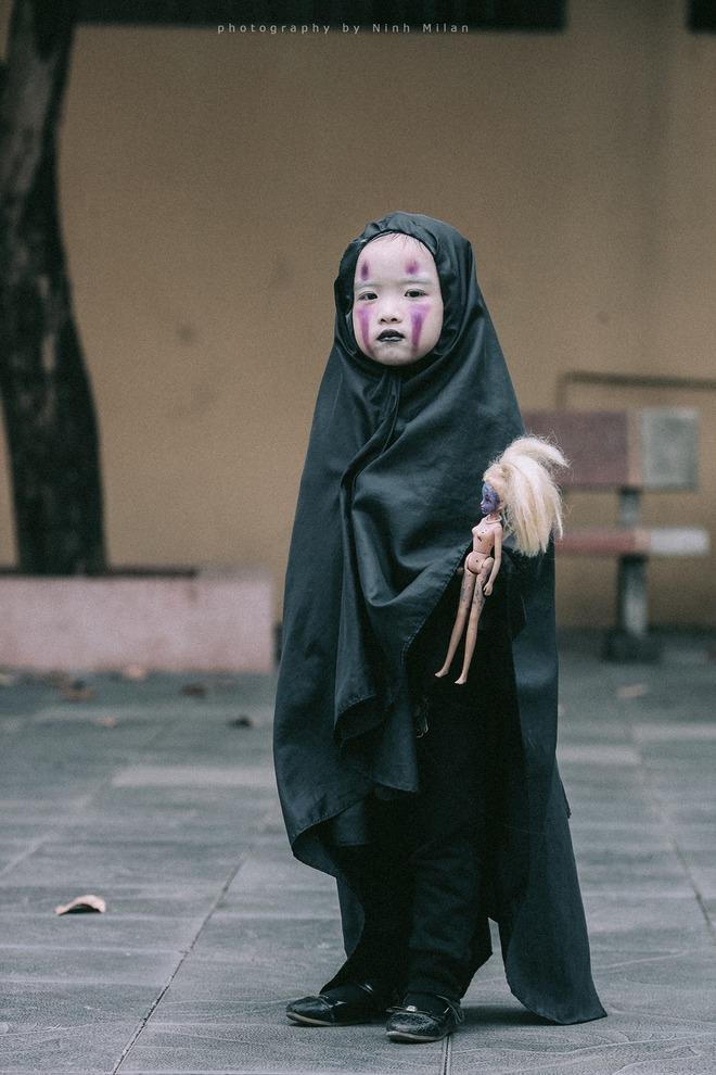 Cô bé Vô Diện phiên bản Việt dễ thương khiến dân mạng rần rần chia sẻ - Ảnh 11.
