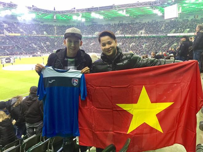Tài năng Việt sang Đức thử việc, khoe cờ đỏ sao vàng giữa Bundesliga - Ảnh 4.