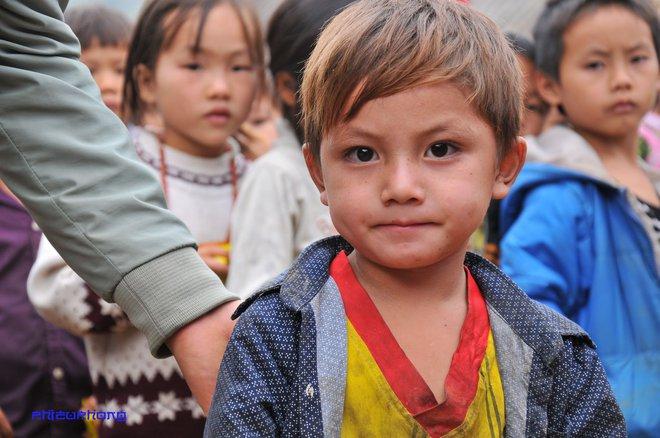 Cậu bé vùng cao khiến dân mạng Việt mất ăn mất ngủ truy lùng cả ngày hôm nay - Ảnh 3.