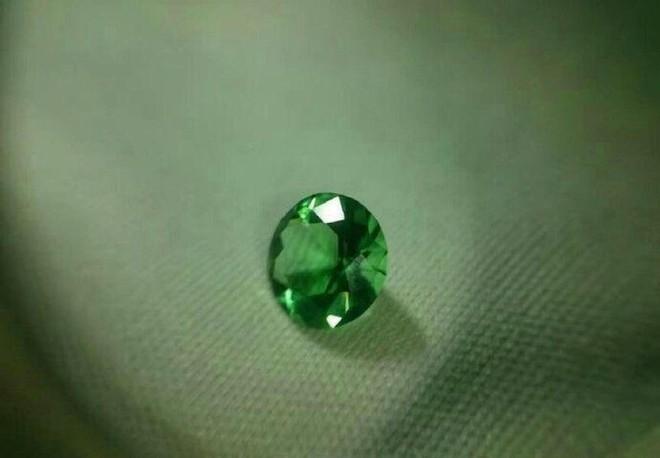 Độc chiêu đáp ứng đề nghị tặng nhẫn kim cương cho bạn gái là đây - Ảnh 4.