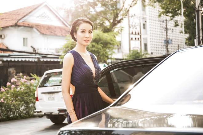 Phụ nữ U50 Việt phải ghen tị với Thanh Mai trước hình ảnh này! - Ảnh 2.