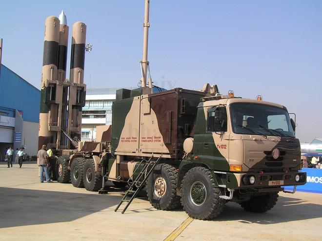 Ấn Độ sẽ bán tên lửa BrahMos biết tự quay về cho đồng minh thân thiết? - Ảnh 1.