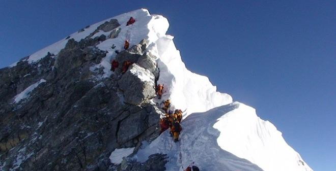 Phát hiện kim tự tháp cổ nhất bị chôn vùi dưới lớp băng ở Alaska?
