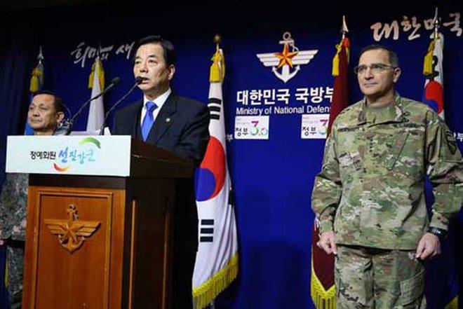 Bộ trưởng QP Hàn Quốc tuyên bố sốc
