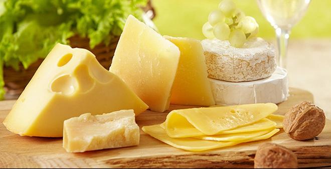 Nhóm thực phẩm chứa Tyramine không tốt cho bệnh đau đầu