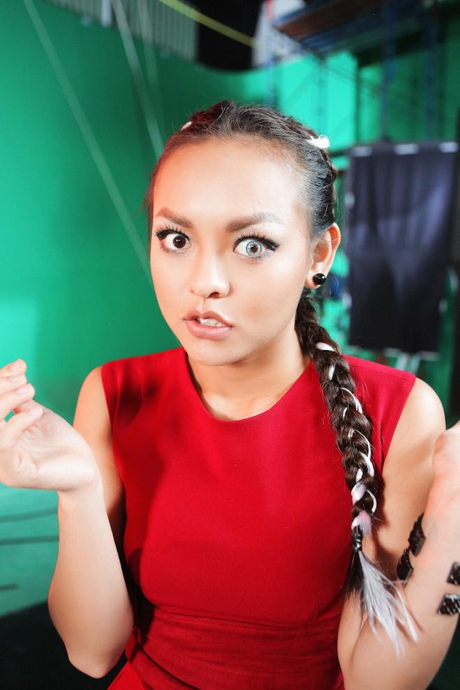 Mai Ngô nhí nhố, Lilly Nguyễn khóc thét vì sợ độ cao - Ảnh 10.