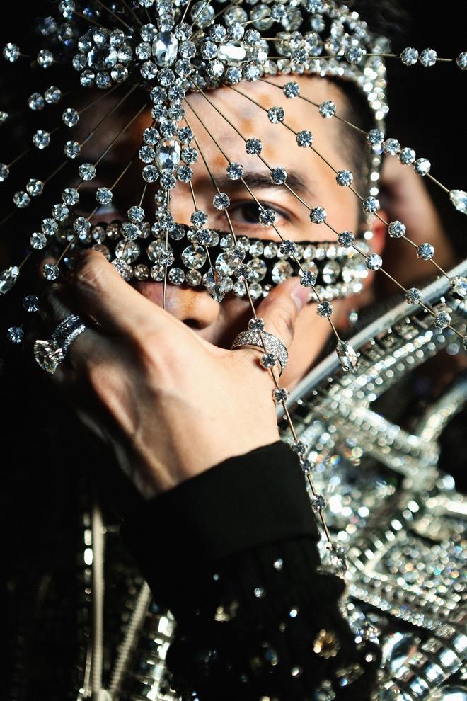 Mr Đàm tung trailer Diamond Show siêu đẹp trước đêm diễn ở HN - Ảnh 1.