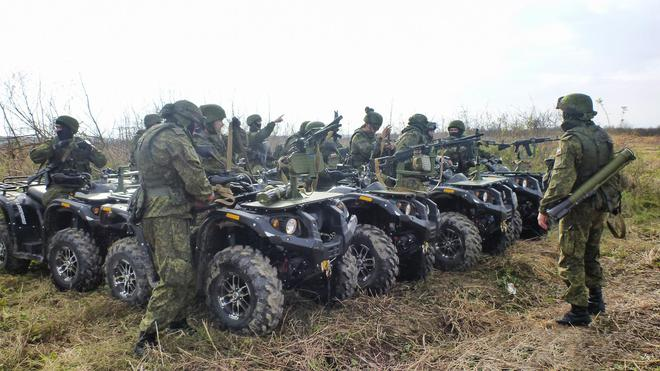 Món đồ chơi thú vị của Lính dù Nga - Ảnh 2.