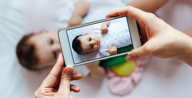 Giải mã sở thích và hậu quả khôn lường khi đăng ảnh con lên FB