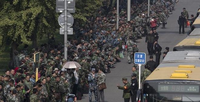 Hơn 1.000 cựu binh vây chặt Bộ Quốc phòng Trung Quốc