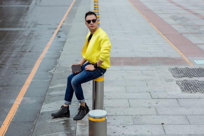 Fashionisto Nguyễn Minh Khoa sành điệu xuống phố - Ảnh 8.