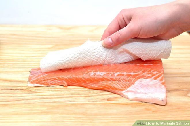 Cá hồi nuôi là thực phẩm độc hại nhất thế giới? - Ảnh 4.
