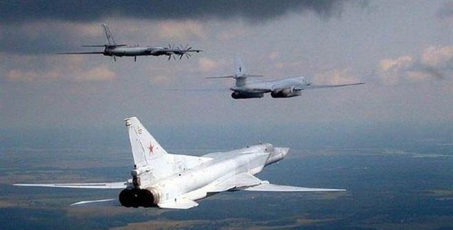 Phiên bản Tu-160 mới có vẻ sẽ thay cho phi đội Tu-160 và Tu-95 của Nga hiện nay, tuy nhiên, mẫu thiết kế nào sẽ thay thế máy bay ném bom hạng trung Tu-22M3 vẫn còn là một bí ẩn.