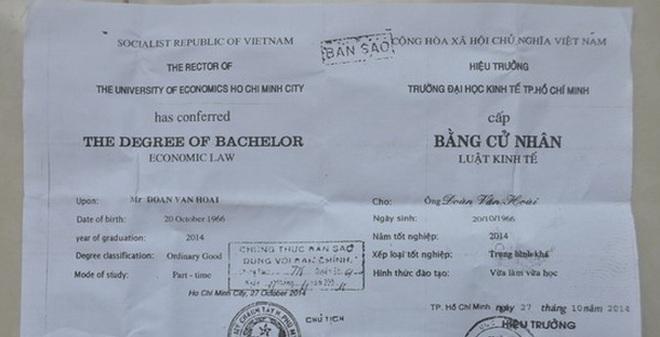 Kết quả hình ảnh cho Việt Nam: Bị phát hiện bằng giả, trưởng công an xã nói mình bị lừa (!?)
