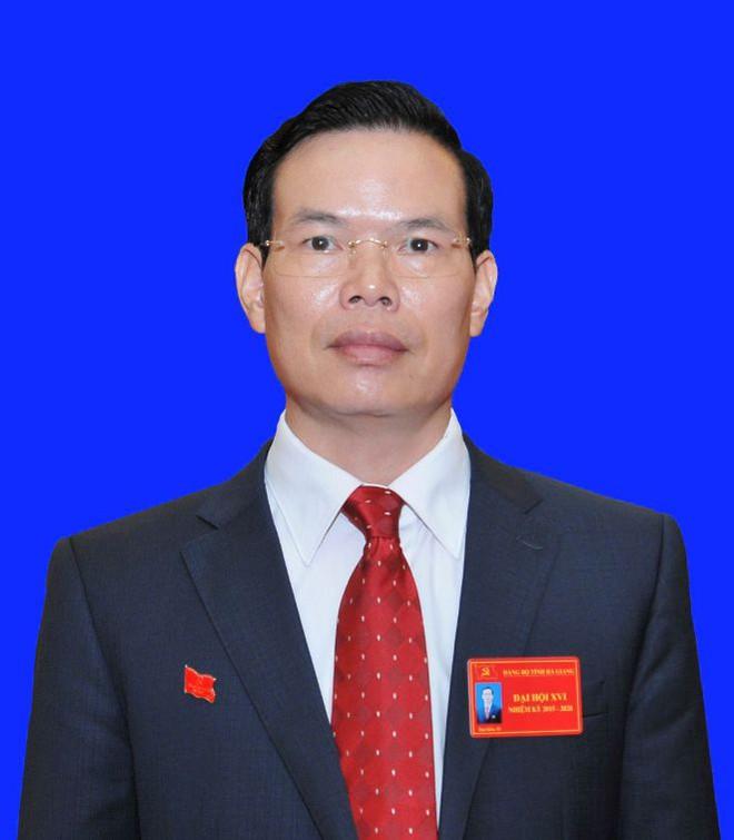 Bí thư Hà Giang nói về việc nhiều người thân làm lãnh đạo - Ảnh 1