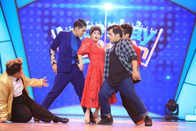Việt Hương đòi cuối năm cưới để được làm thiếp Đàm Vĩnh Hưng - Ảnh 1.